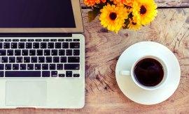 writer jobs canada coffee desk image