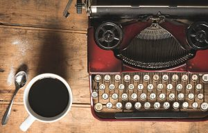 cropped-typewriter-stock-photo-writing-jobs-canada-3.jpg